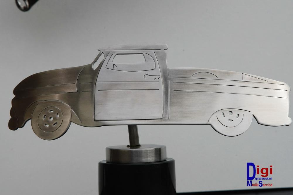 Dutch Design Tafel : Dutch design oldtimer klein tafel model rvs geborsteld dda o